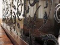 Использование стеклянной крошки в интерьере квартиры